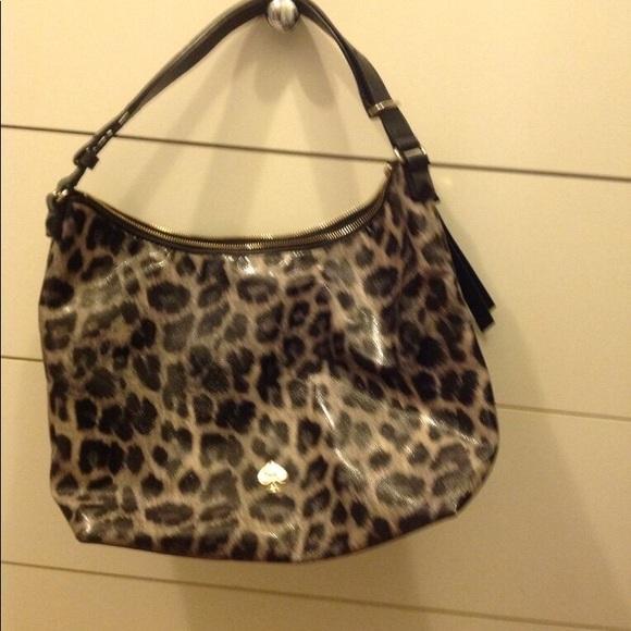 kate spade Handbags - Kate Spade patent leather Cheetah print handbag